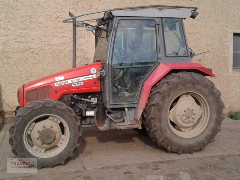 Hopfentraktor типа Massey Ferguson 4258 Hopfen, Gebrauchtmaschine в Mainburg/Wambach (Фотография 2)