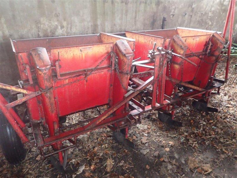 Kartoffellegemaschine типа Omme 4 RÆKKER Kartoffellægger, Gebrauchtmaschine в Egtved (Фотография 1)