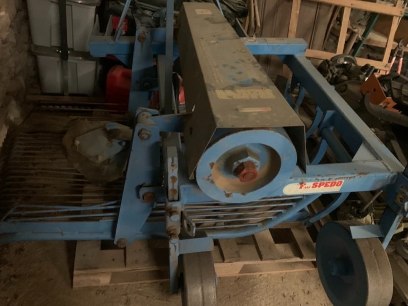 Kartoffelroder типа Spedo CPL, Gebrauchtmaschine в VERNOUX EN VIVARAIS (Фотография 1)