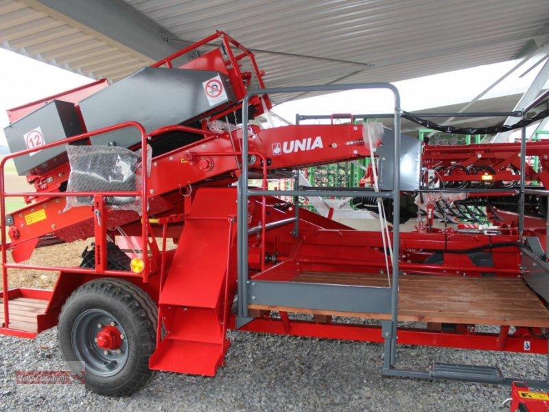 Kartoffelroder des Typs Unia Bolko, Neumaschine in Ostheim/Rhön (Bild 3)