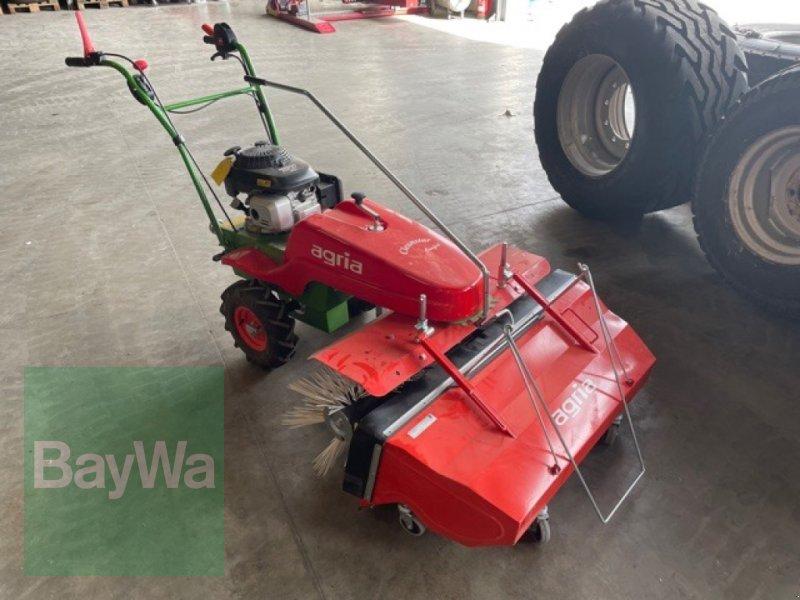 Kehrmaschine du type Agria 7100 Cleanstar, Gebrauchtmaschine en Fürth (Photo 1)
