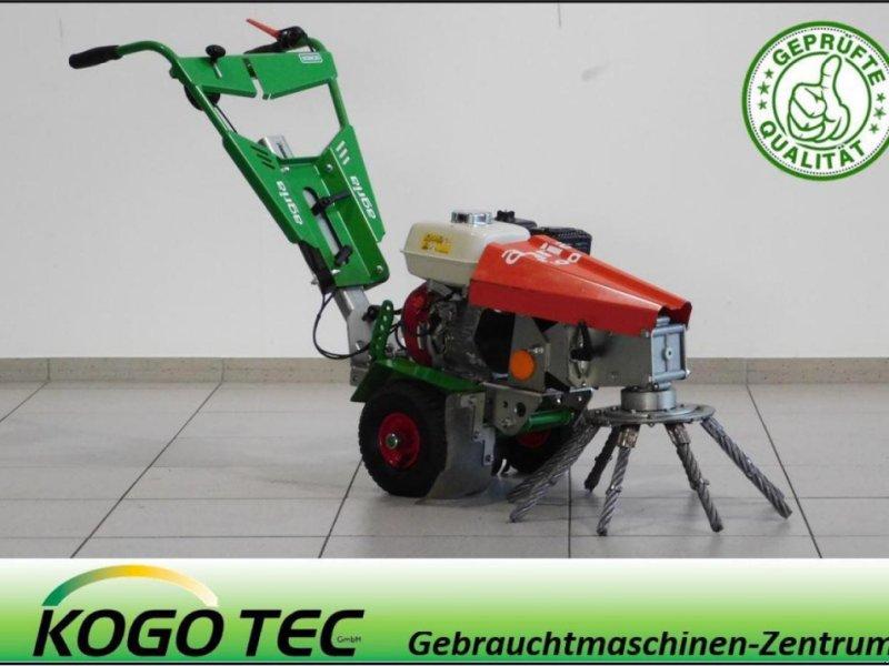 Kehrmaschine des Typs Agria 8100, Gebrauchtmaschine in Neubeckum (Bild 1)