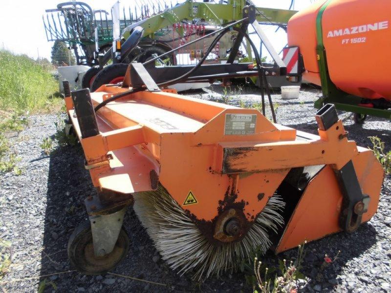 Kehrmaschine des Typs Bema 2300, Gebrauchtmaschine in Hollfeld (Bild 9)