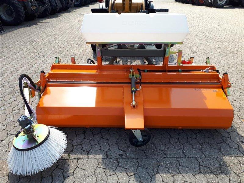 Kehrmaschine des Typs Bema 25/2300 mieten, Neumaschine in Manching (Bild 5)