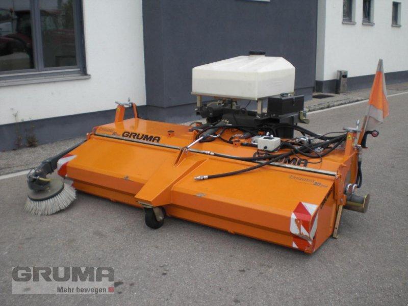 Kehrmaschine des Typs Bema 30 Dual 2600, Gebrauchtmaschine in Friedberg-Derching (Bild 1)