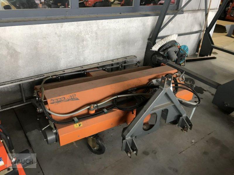 Kehrmaschine des Typs Bema 520 / 1700mm Kommunal Dual, Gebrauchtmaschine in Burgkirchen (Bild 1)