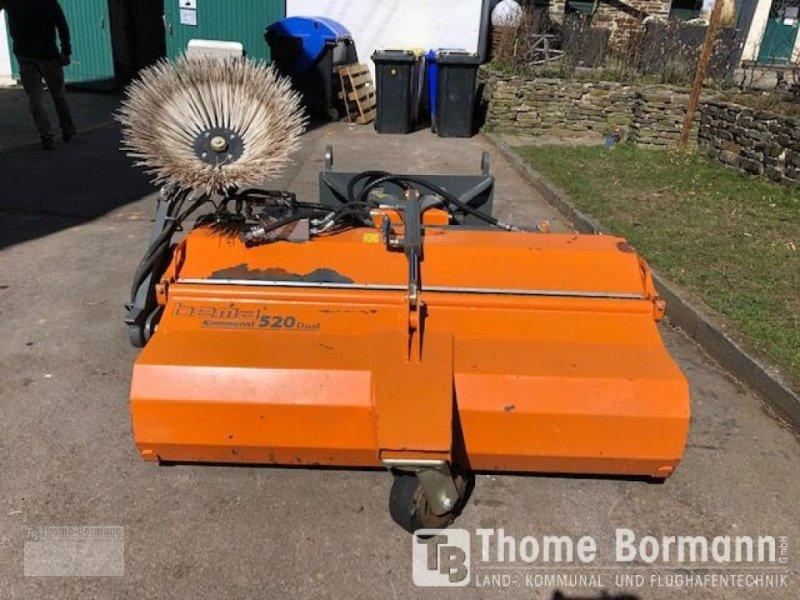Kehrmaschine des Typs Bema 520 Dual 155, Gebrauchtmaschine in Prüm (Bild 1)