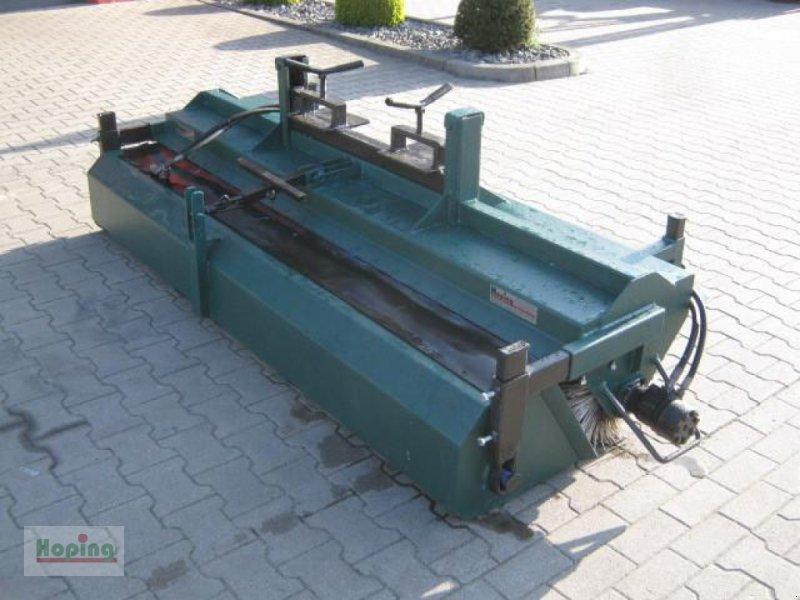 Kehrmaschine des Typs Bema Bema 2 2300 Stapler, Gebrauchtmaschine in Bakum (Bild 1)
