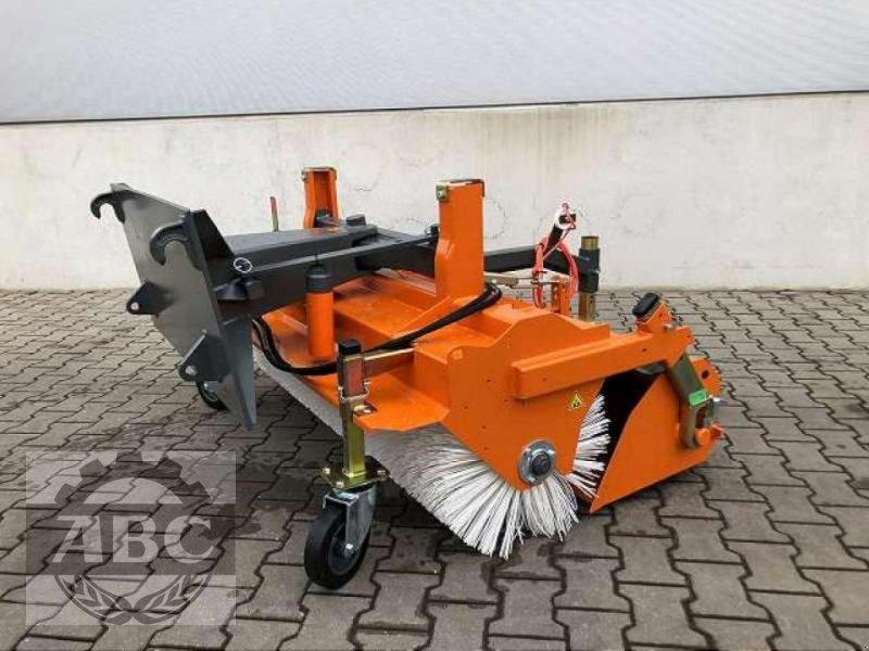 Kehrmaschine des Typs Bema DUAL 1550 EUROAUFNAH, Neumaschine in Aurich-Sandhorst (Bild 1)