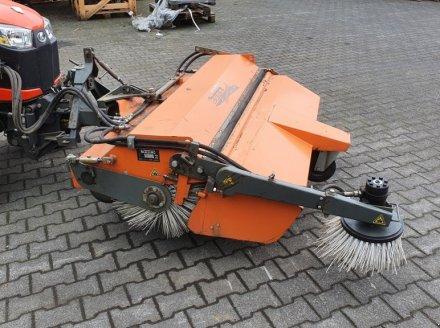 Kehrmaschine des Typs Bema Kubota Dual520-1550, Gebrauchtmaschine in Olpe (Bild 2)