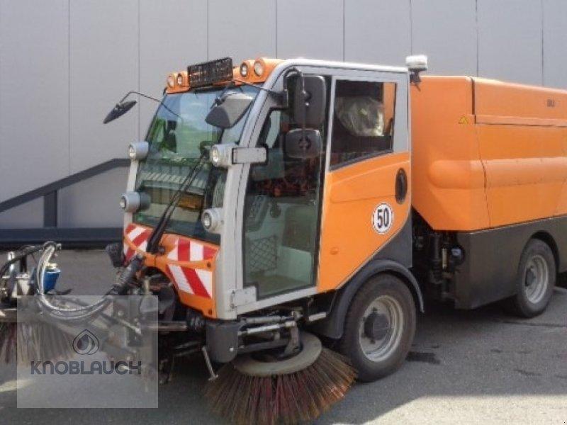 Kehrmaschine des Typs Bucher CityCat 2020, Gebrauchtmaschine in Immendingen (Bild 1)