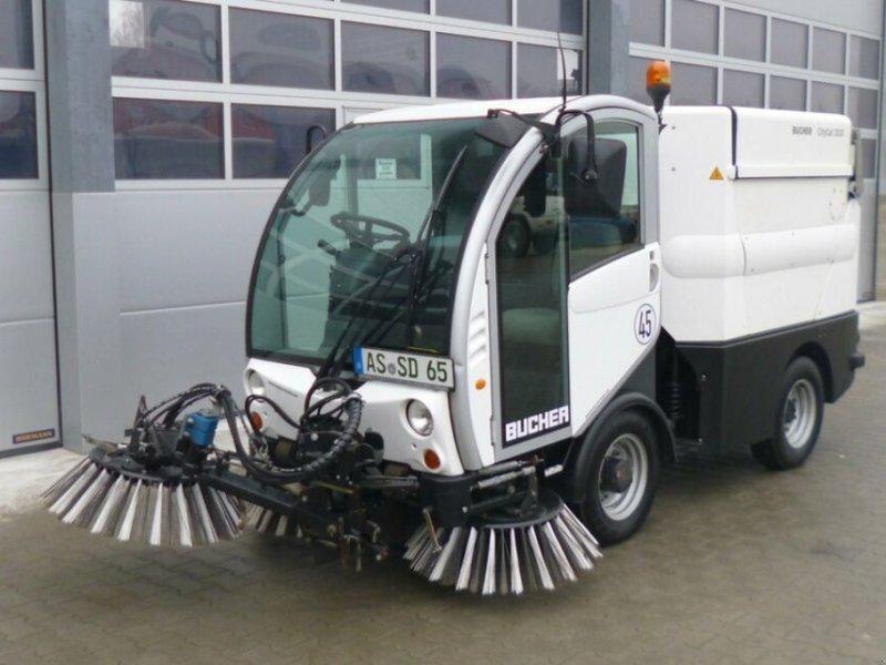 Kehrmaschine des Typs Bucher CityCat 2020, Gebrauchtmaschine in Ursensollen (Bild 1)