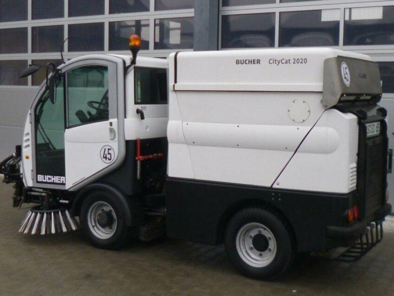 Kehrmaschine des Typs Bucher CityCat 2020, Gebrauchtmaschine in Ursensollen (Bild 2)
