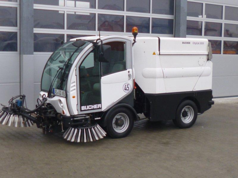 Kehrmaschine des Typs Bucher CityCat 2020, Gebrauchtmaschine in Ursensollen (Bild 3)