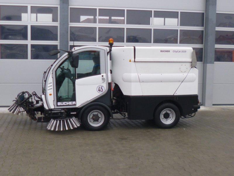 Kehrmaschine des Typs Bucher CityCat 2020, Gebrauchtmaschine in Ursensollen (Bild 4)