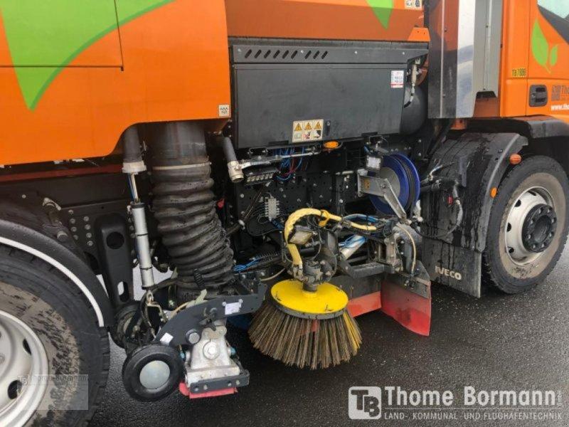 Kehrmaschine tip Bucher VS 651 S CNG, Gebrauchtmaschine in Prüm (Poză 6)