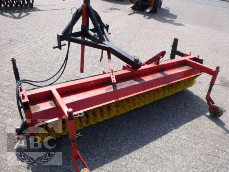 Kehrmaschine des Typs Buwalda KM 225, Gebrauchtmaschine in Bösel (Bild 5)