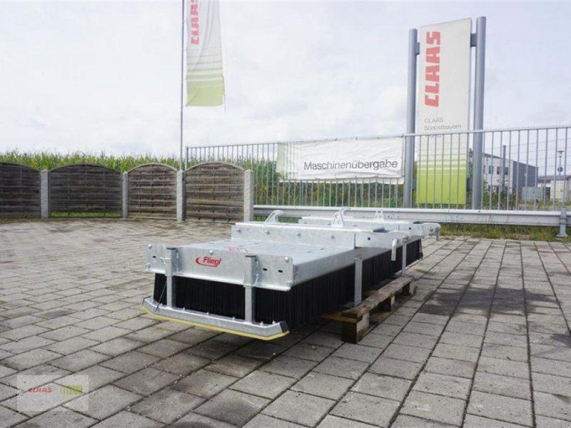 """Kehrmaschine des Typs Fliegl KEHRBESEN 2500MM """"LÖWE"""", Neumaschine in Töging am Inn (Bild 1)"""