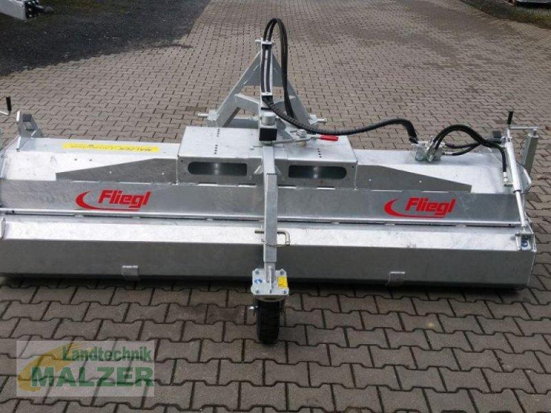 Kehrmaschine des Typs Fliegl Kehrmaschine 2,80 m, Neumaschine in Mitterteich (Bild 3)