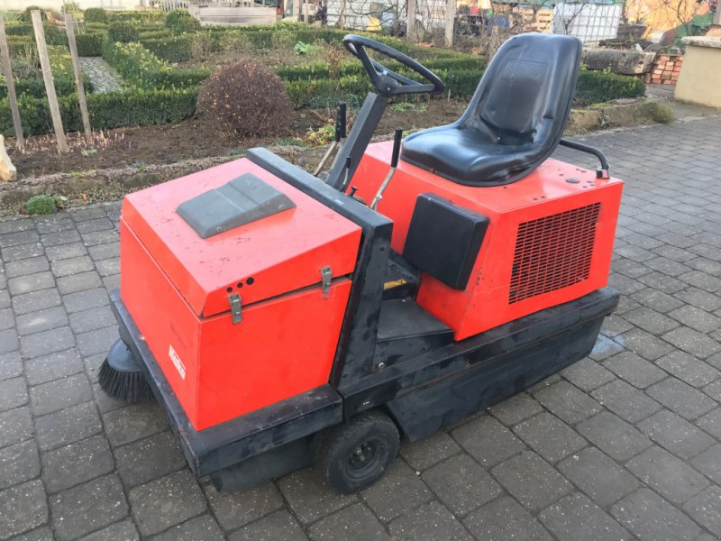 Kehrmaschine a típus Hako Jonas 1000 V, Gebrauchtmaschine ekkor: Höttingen (Kép 1)