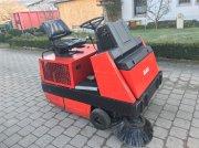 Kehrmaschine des Typs Hako Jonas 1100 D, Gebrauchtmaschine in Höttingen