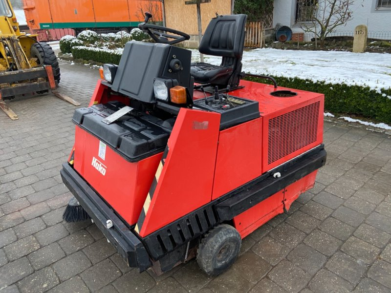 Kehrmaschine a típus Hako Jonas 1100 D, Gebrauchtmaschine ekkor: Höttingen (Kép 1)