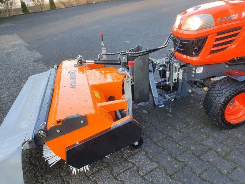 Kehrmaschine des Typs Kersten KM13045 Kubota BX, Gebrauchtmaschine in Olpe (Bild 1)
