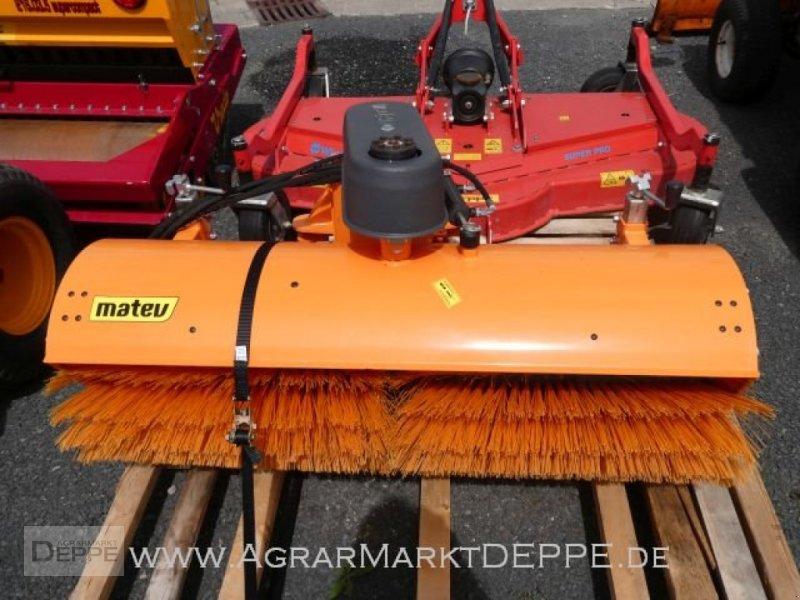 Kehrmaschine des Typs Matev SWE-H/M 14-45, Gebrauchtmaschine in Bad Lauterberg-Barbi (Bild 2)