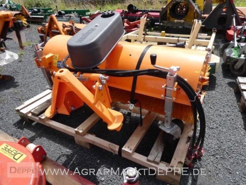 Kehrmaschine des Typs Matev SWE-H/M 14-45, Gebrauchtmaschine in Bad Lauterberg-Barbi (Bild 5)