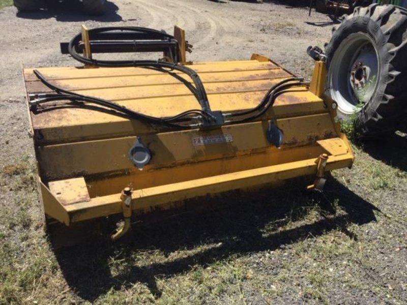 Kehrmaschine типа Rabaud TURBONET2000A, Gebrauchtmaschine в les hayons (Фотография 3)
