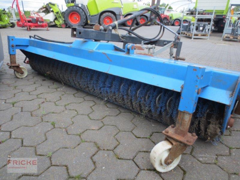 Kehrmaschine des Typs Saphir FKM 231, Gebrauchtmaschine in Bockel - Gyhum (Bild 4)