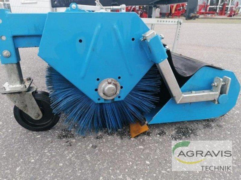 Kehrmaschine tip Saphir KEHRMASCHINE, Gebrauchtmaschine in Gyhum-Nartum (Poză 2)