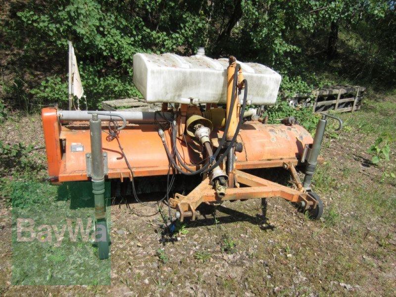 Kehrmaschine des Typs Sonstige KEHRMASCHINE UKM 220 U, Gebrauchtmaschine in Neumark (Bild 1)