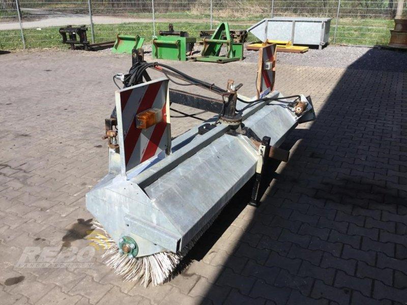 Kehrmaschine des Typs Sonstige MELLE KEHRMASCHINE, Gebrauchtmaschine in Neuenkirchen-Vörden (Bild 1)