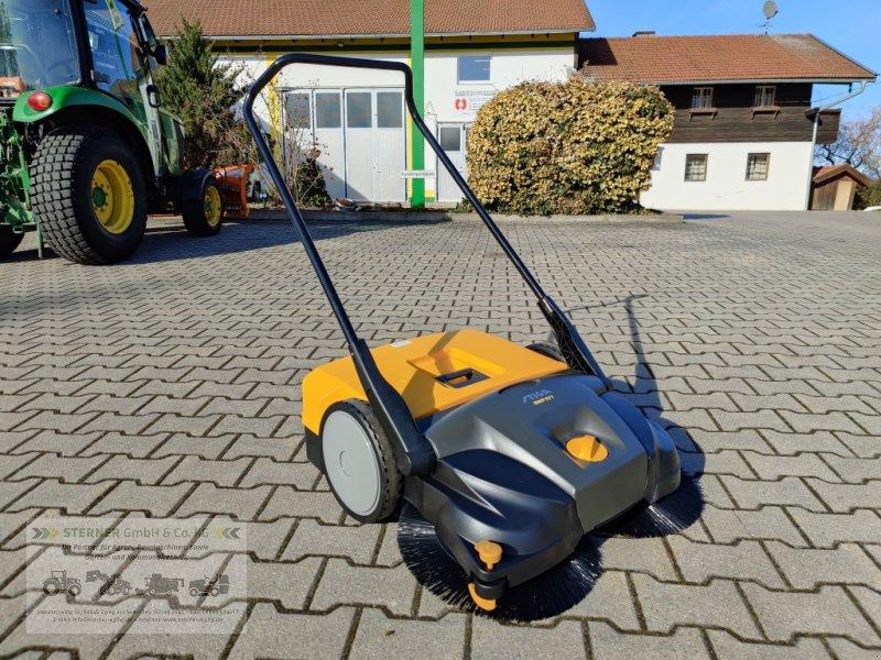 Kehrmaschine des Typs Stiga SWP 577 Hand-Kehrmaschine, Neumaschine in Eging am See (Bild 1)