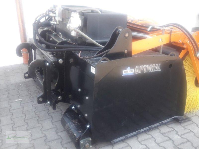 Kehrmaschine типа Trejon OPTIMAL H220 Walzenkehrmaschine, Neumaschine в Rain (Фотография 3)