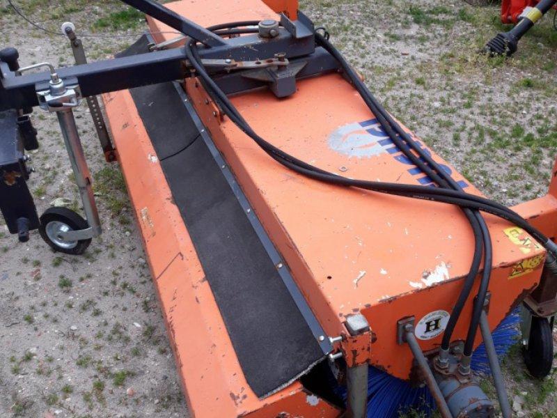 Kehrmaschine des Typs Tuchel EKM 230   HDS 520, Gebrauchtmaschine in Itterbeck (Bild 4)