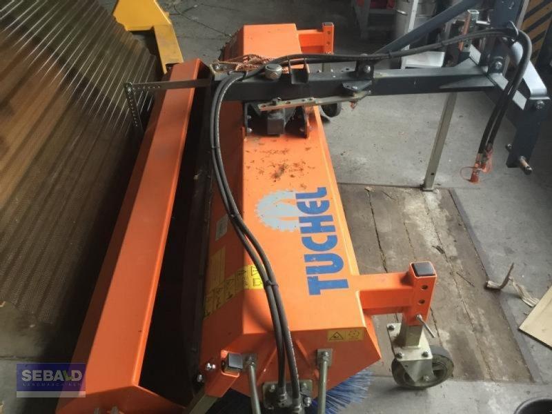 Kehrmaschine des Typs Tuchel Kehrmaschine Eco 230, Gebrauchtmaschine in Zweibrücken (Bild 1)