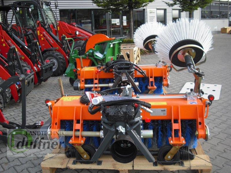 Kehrmaschine des Typs Tuchel Kompakt 135, Neumaschine in Hohentengen (Bild 2)