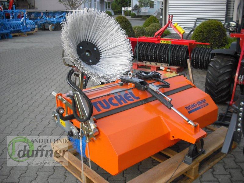 Kehrmaschine des Typs Tuchel Kompakt 135, Neumaschine in Hohentengen (Bild 3)