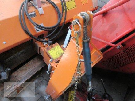 Kehrmaschine типа Wiedenmann Combi Clean 2350, Gebrauchtmaschine в Remchingen (Фотография 3)