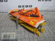 Kehrmaschine типа Wiedenmann COMBI CLEAN 2350, Gebrauchtmaschine в Cloppenburg