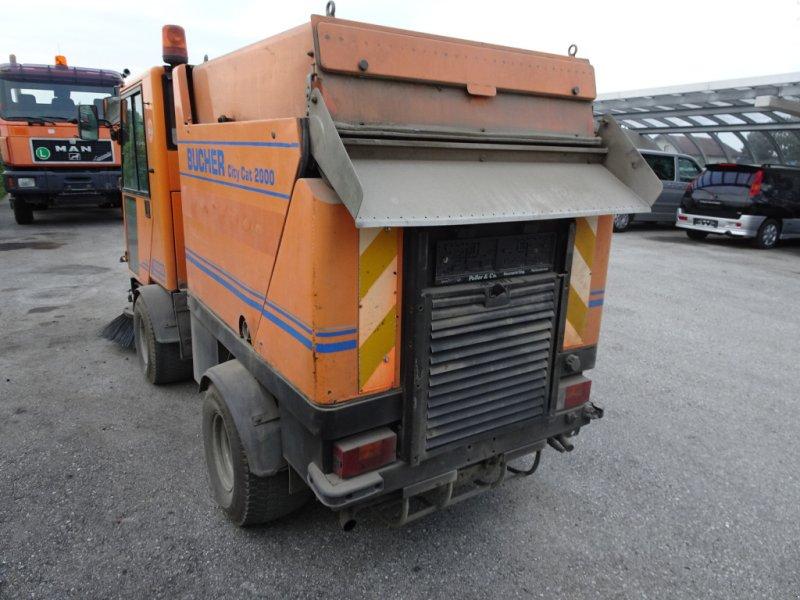 Kehrsaugmaschine tip Bucher CityCat 2000, Gebrauchtmaschine in st.georgen/y. (Poză 5)