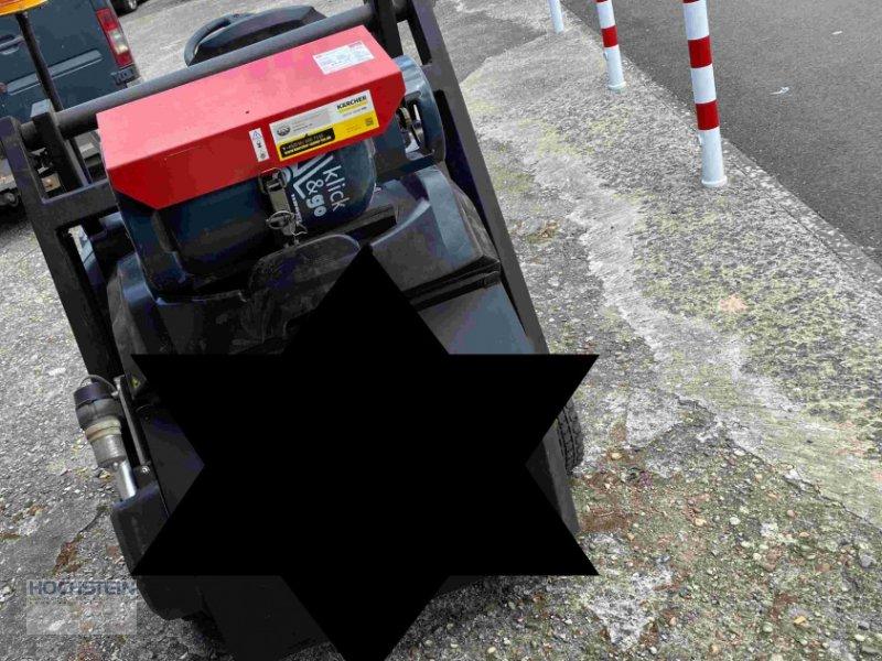 Kehrsaugmaschine a típus Kärcher KM105/110R LPG, Gebrauchtmaschine ekkor: Heidelberg - Rohrbach Süd (Kép 1)