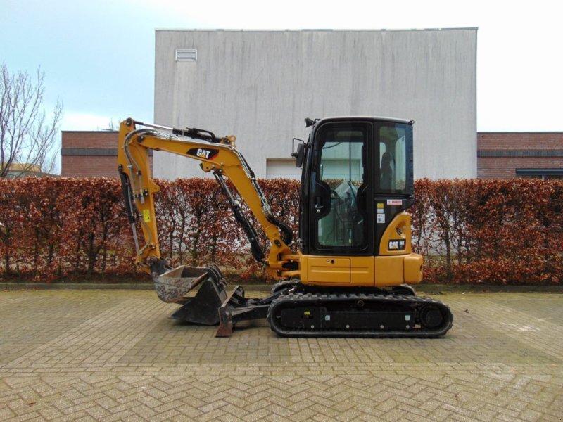 Kettenbagger des Typs Caterpillar 303E CR, Gebrauchtmaschine in Sint Willebrord (Bild 1)