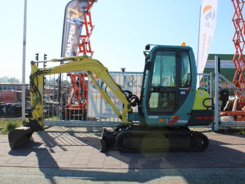 Kettenbagger типа Yanmar B37 V - zeer mooie machine!, Gebrauchtmaschine в Sint Willebrord (Фотография 1)