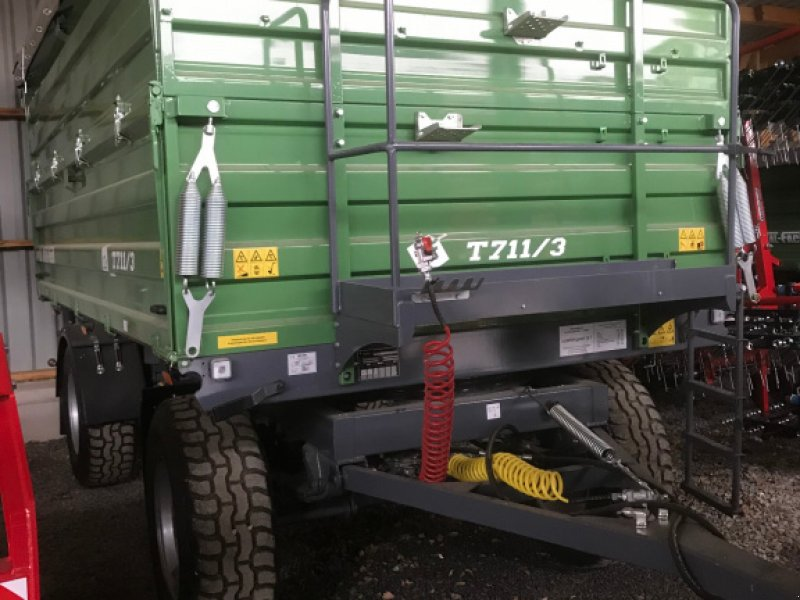 Kipper des Typs Metal-Fach T711, Neumaschine in Heustreu (Bild 2)
