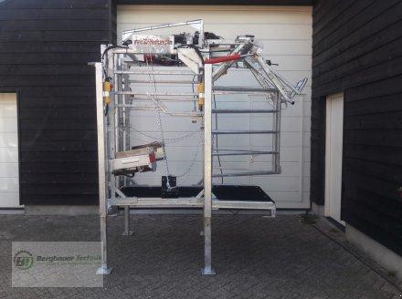 GDS Hoofcare GDS-E Box Lift Klauenstand Klauenpflegestand elektrisch hydraulisch Klauenbox Behandlungsstand Klauenpflege Станок для обработки копыт