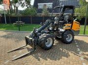 Knickgelenkte Baggerlader des Typs Sonstige Giant G2700 X-tra HD Plus, Gebrauchtmaschine in Hardegarijp