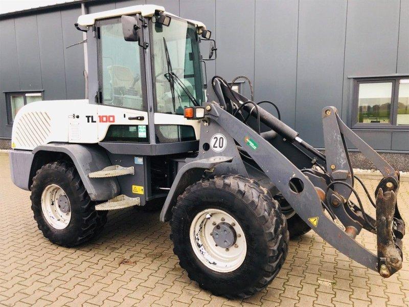 Knickgelenkte Baggerlader типа Terex TL 100, Gebrauchtmaschine в Coevorden (Фотография 1)